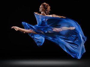 De Vrijheid gaat in blauw gekleed.